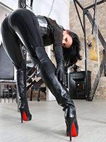 mistress-maxim.jpg